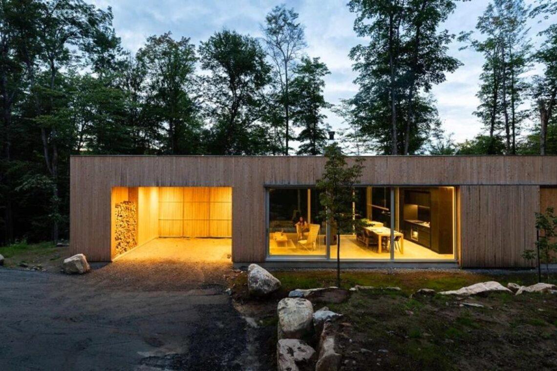 cabana de madeira hotel plantio de árvores foto 1
