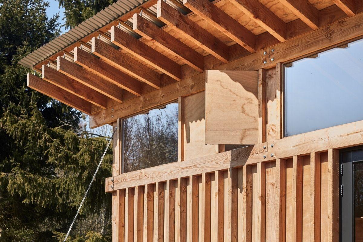 casa de madeira estrutura exposta foto 3