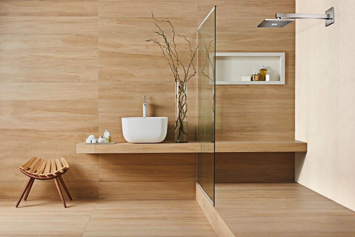 piso porcelanato de madeira