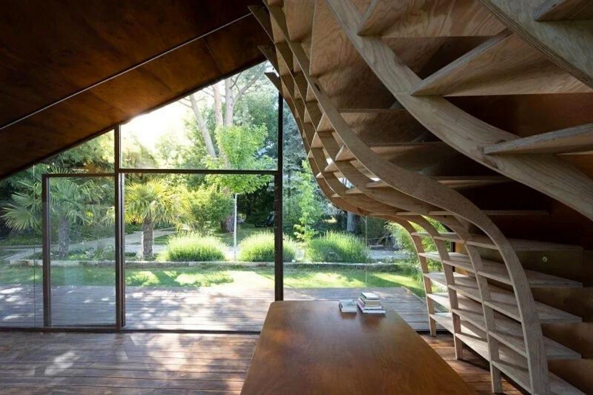 cabana de madeira e metais foto 3