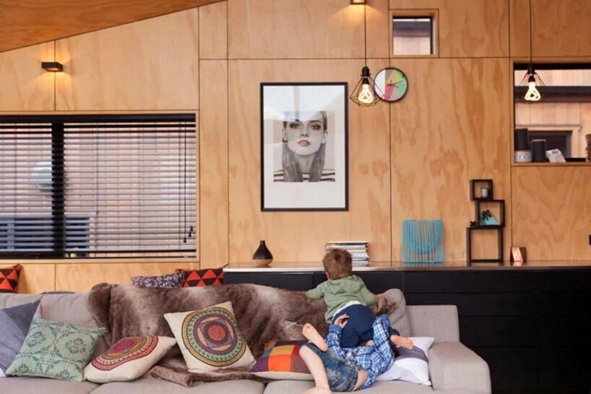 casa de madeira angular metal foto 3