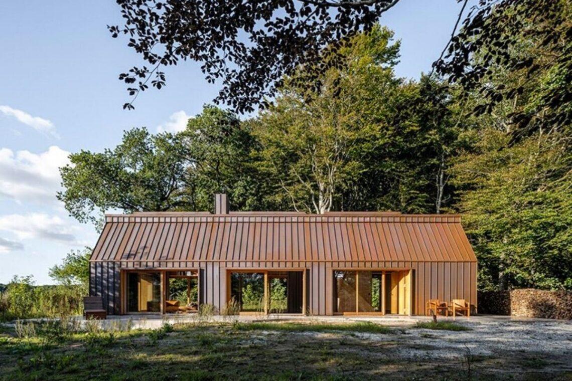casa de madeira e cobre foto 1
