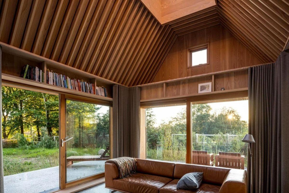casa de madeira e cobre foto 10