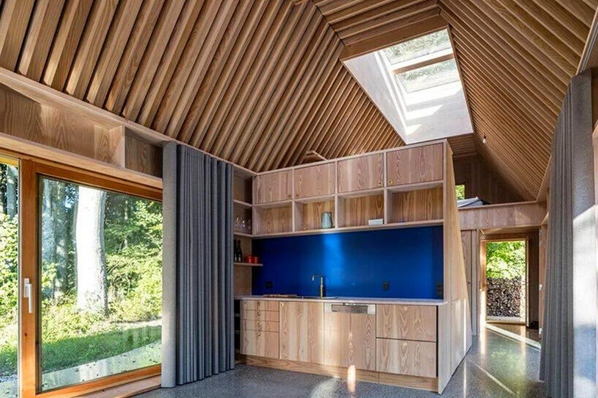 casa de madeira e cobre foto 11