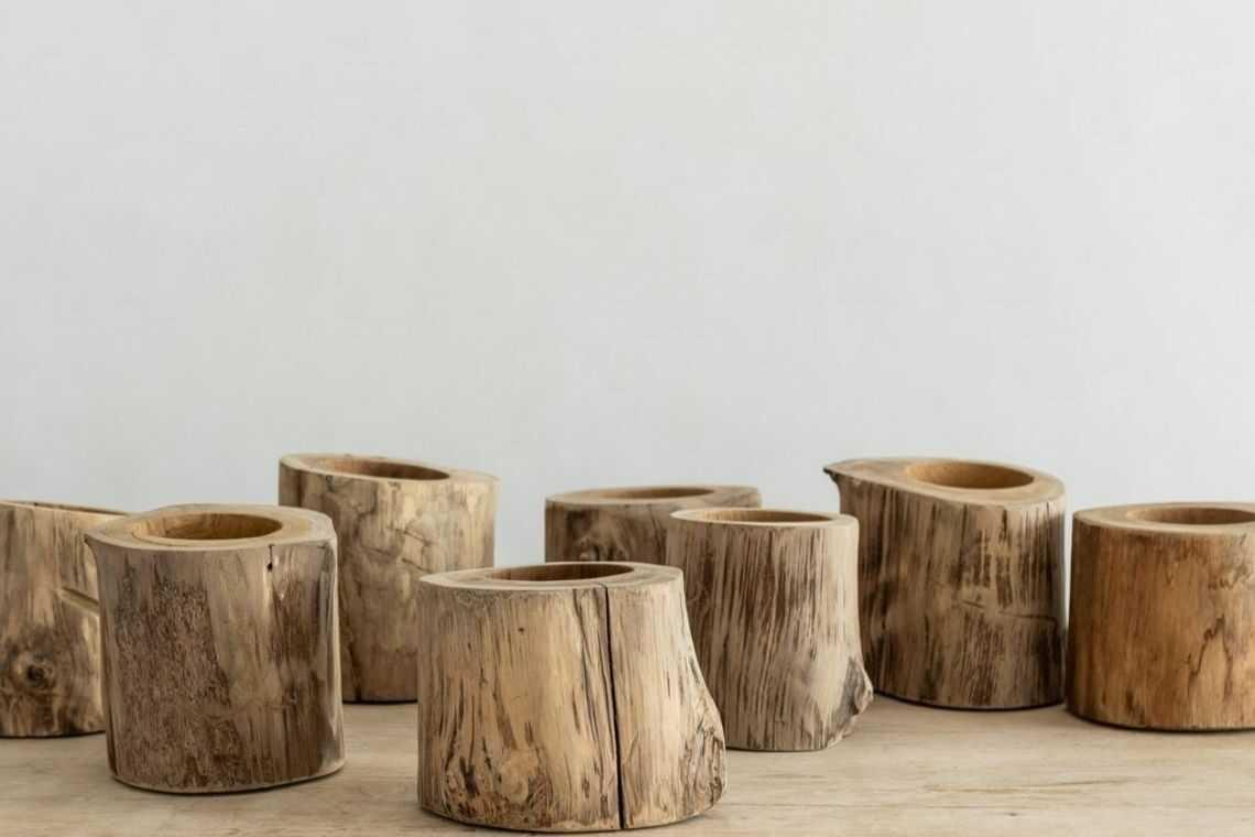 7. Vaso de madeira de um único tronco