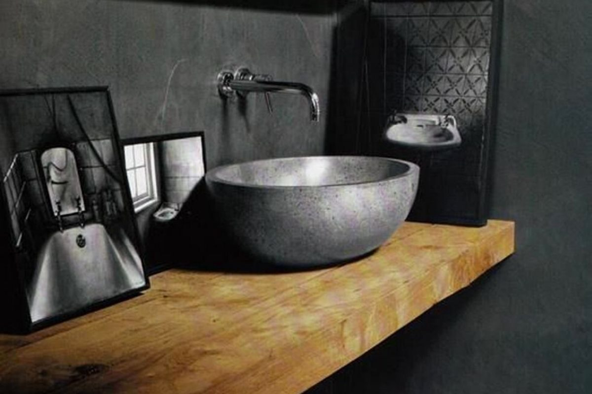 Bancada de madeira no banheiro de madeira 3
