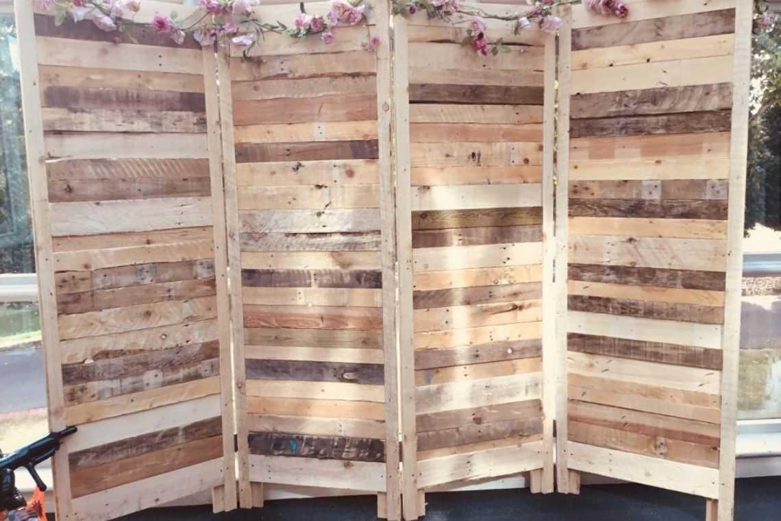 Biombo de madeira de pallet_demolição