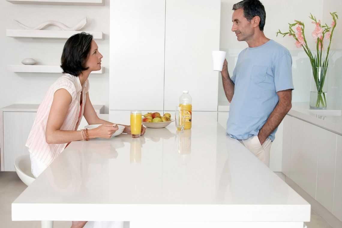 Prefira ter a bancada como mesa na cozinha americana