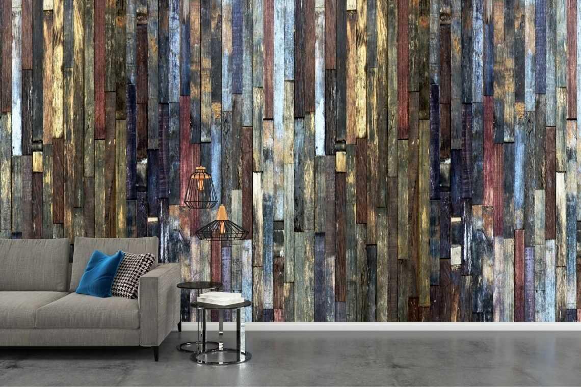 Revestimento com papel de parede amadeirado
