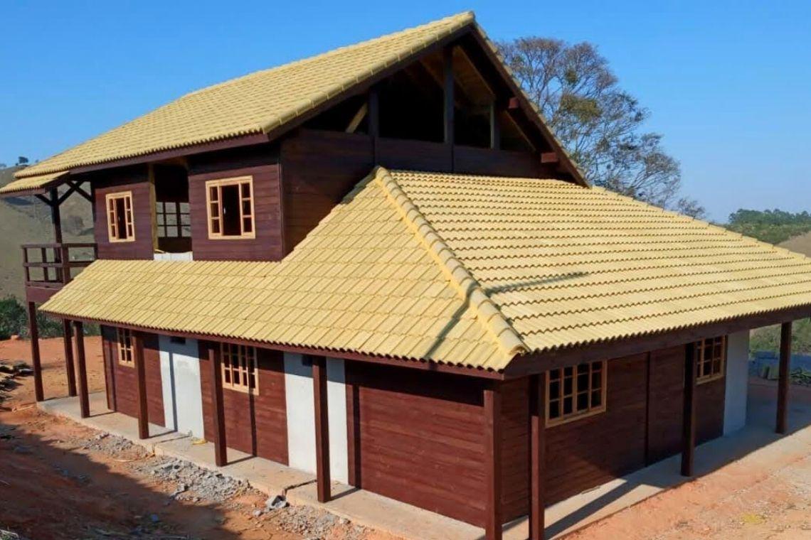 Casas pré-moldadas de madeira