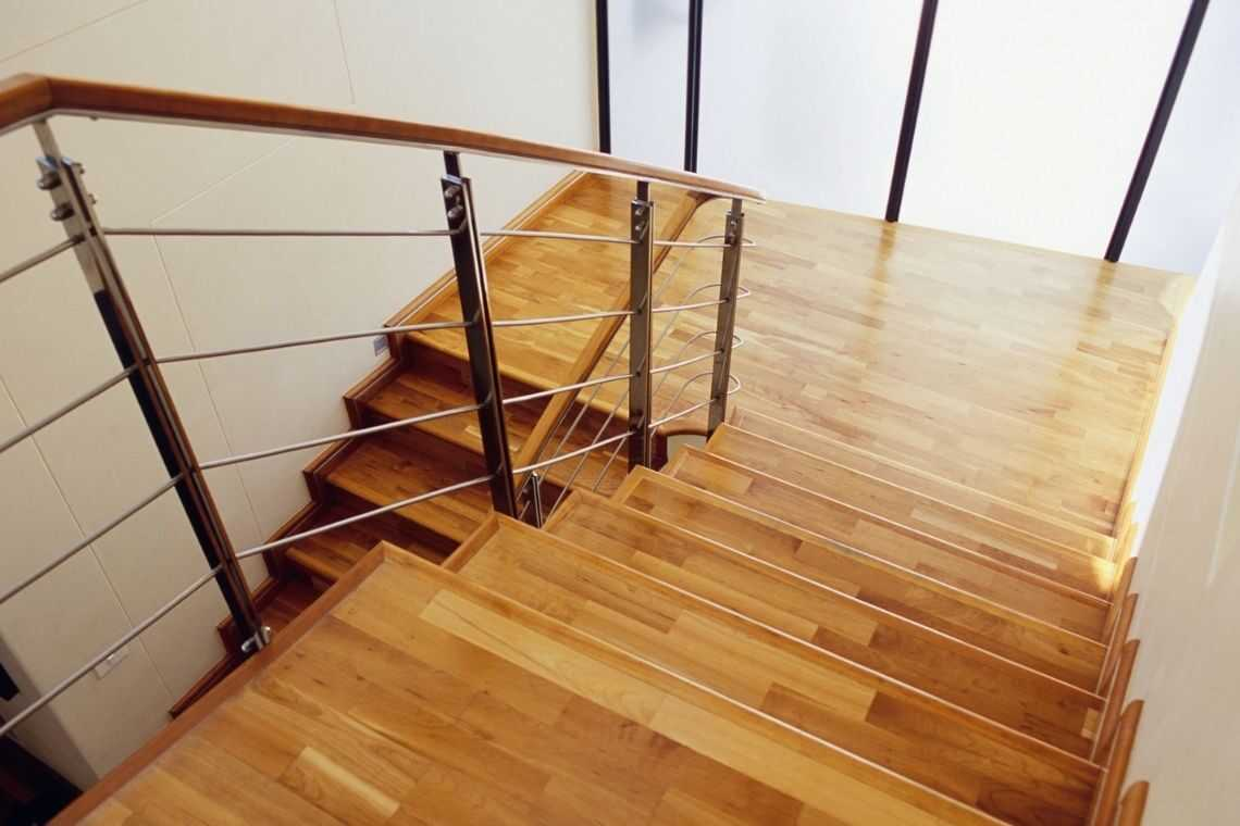 Escada de madeira (2)