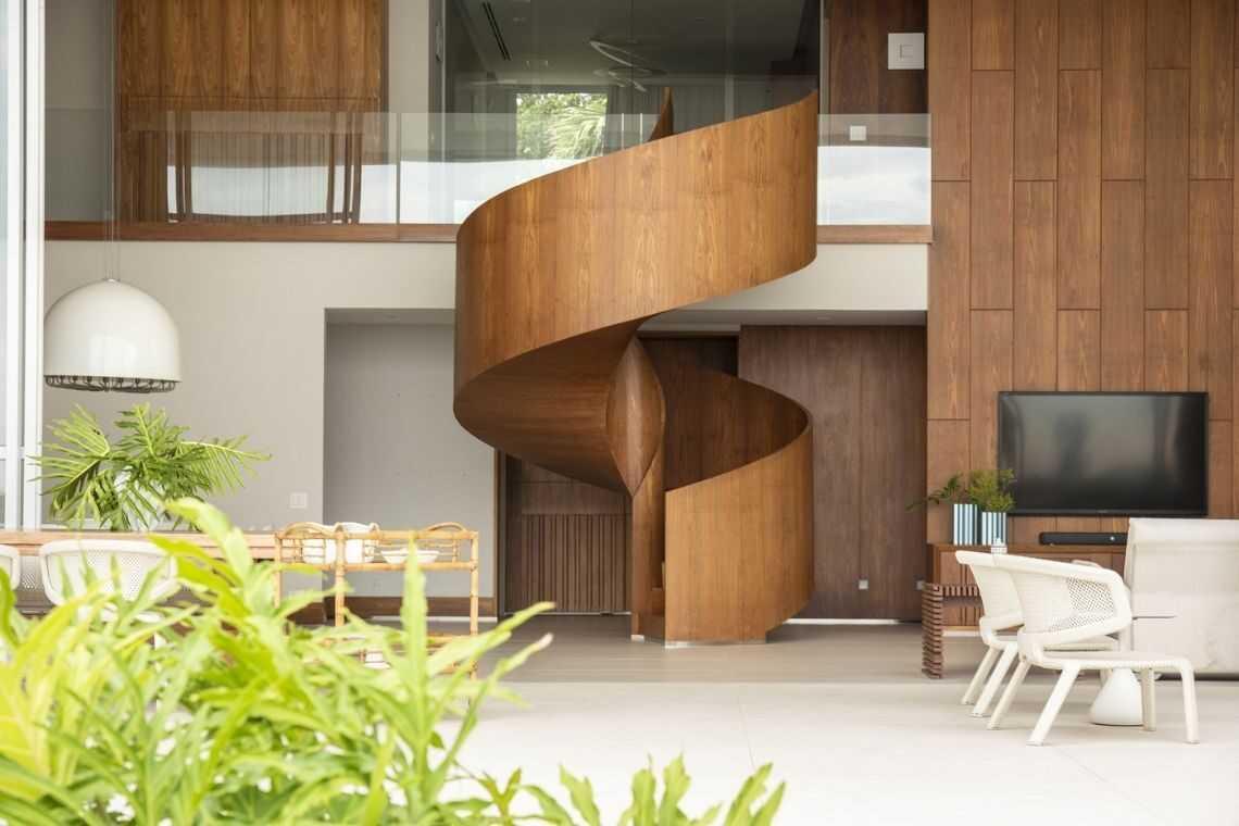Escada de madeira (3)